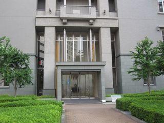 Dグラフォート神戸三宮タワーエントランス (800x600).jpg