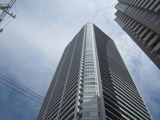 ひびきの街サンクタスタワー (800x600).jpg