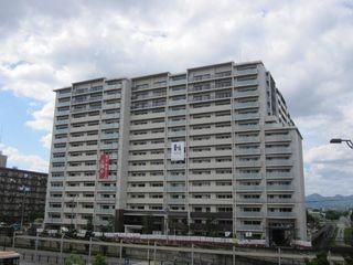 桂川グランスクエア1 (800x600).jpg