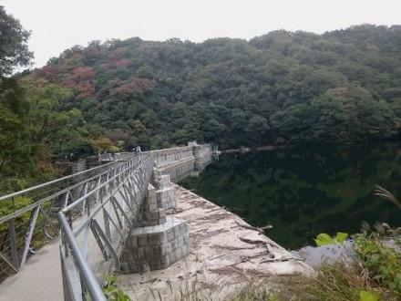布引五本松ダム② (480x360)