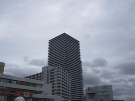 高槻駅前マンション (480x360)