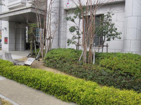 ライオンズタワー神戸元町 エントランス (480x360)