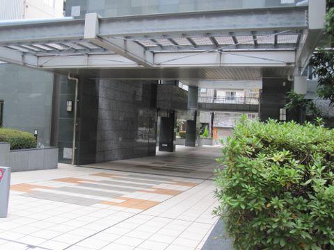 ビオール大阪大手前タワー エントランス (480x360)