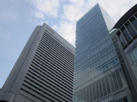 ヒルトンホテル大阪 (480x360)