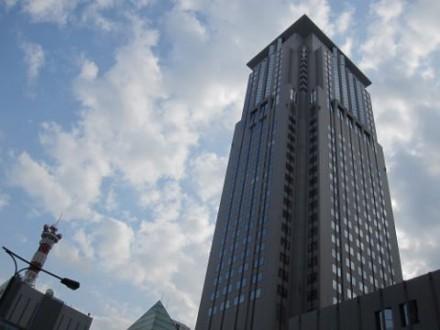 梅田周辺ビル群 (480x360)