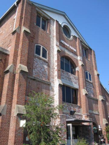 ビンテージ建物 (360x480)